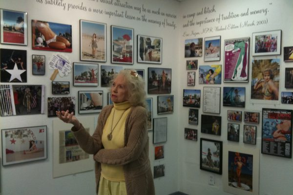 Dixie Evans gives a tour at Burlesque Hall of Fame